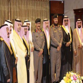 مُدير شرطة #الرياض يُكرم عمد الأحياء المتقاعدين