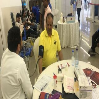 ( 202 ) متبرعاً بالدم في حملة التبرع ( نفديكم بدمائنا ) بالياسمين مول