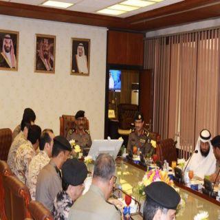 مدير شرطة الرياض يلتقي اعضاء اللجنة الأمنية الدائمة