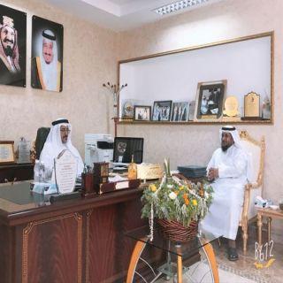 مدير التعليم يستقبل مدير ومشرفي وحدة تطوير المدارس