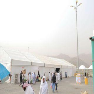 بالصور -1000 متسوق في خيمة بارق الرمضانية وفرق الرقابة تجوب اسواق المراكز