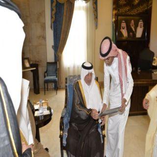 أمير #مكة يُدشن موقع جمعية رعاية الأيتام بـ #جدة