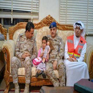 الهلال الأحمر السعودي يُشارك في تسليم الطفلة اليمنية إلى ممثل الحكومة اليمنية الشرعية