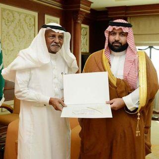 نائب أمير جازان يسلّم رخص ثمانية متاحف خاصة بالمنطقة