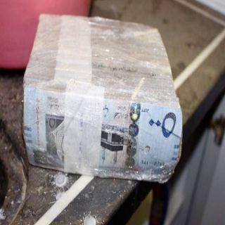 شرطة بريدة توقع بمُختلس (500) ألف ريال من إحدى شركات نقل الأموال
