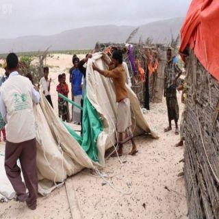 مركز الملك سلمان للإغاثة يواصل تقديم المساعدات للمتأثرين بإعصار ماكونو في سقطرى
