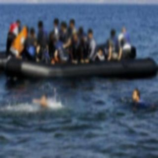 غرق مركب مُهاجرين يتسبب في إقالة وزير الداخلية التونسي