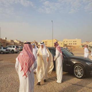 """محافظ #ضرما """"السديري"""" يقدوم واجب العزاء لذوي المقدم""""البارقي"""" في #الرياض"""