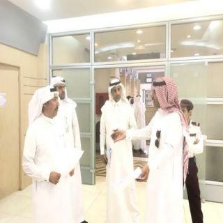 أمين عسير يتفقد مقر مركز خدمة الجمهور بمبنى الأمانة