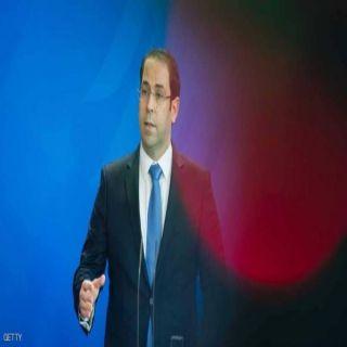 إقالة  وزير الطاقة التونسي ومسؤولين بارزين
