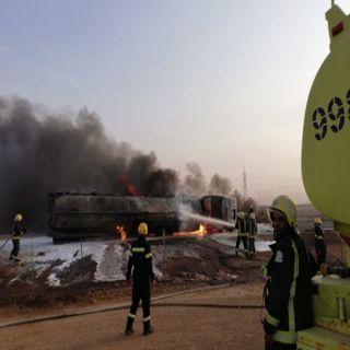 مدني الشماسية يُخمد حريق صهريج ديزل بطريق #القصيم #الرياض