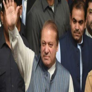 """المحكمة العليا في #باكستان تُخلي سبيل رئيس الوزراء السابق """"نواز شريف"""