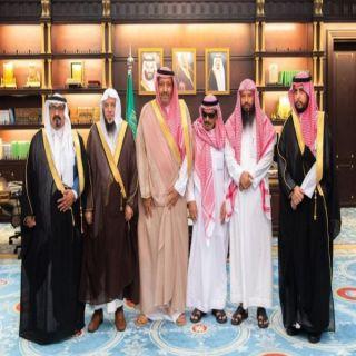 """أمير #الباحة يستقبل """"الزهراني """" المتنازل عن قاتل أبنه"""