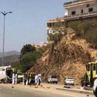 #صحة_الباحة توضح اسباب انقلاب سيارة اسعاف اثناء نقل مريضة من مستشفى نمرة