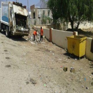 استمراً لحملة التشوه البصرية بلدية #بارق تقوم بأعمال نظافة لقرى وادي الخير