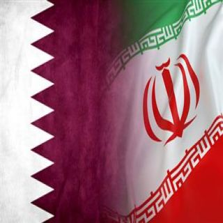 وزير يمني يتهم قطر بالتحالف مع إيران لتعطيل إدانة الحوثيين دولياً