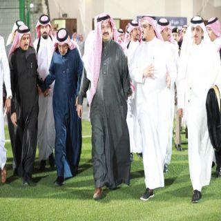 بالصور -نائب أمير منطقة عسير يقوم بزيارة تفقدية لنادي ضمك