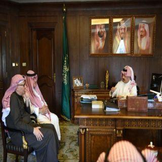 """نائب أمير عسير يُناقش مع رئيس شركة """"البيك"""" إنشاء فروع في المنطقة"""
