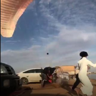 القصيم : سقوط طائرة شراعية يتسبب في إصابة أحد المُتنزهين بوادي الرمة
