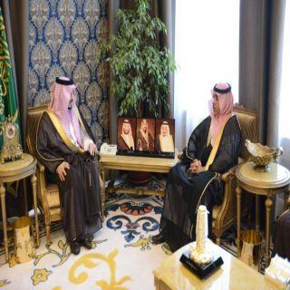 أمير عسير يلتقي رئيس الهيئة العامة للإحصاء