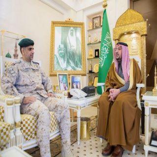 أمير القصيم يستقبل اللواء الثبيتي بعد صدور قرار تقاعده