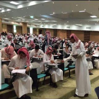 أكثر من 60 ألف طالب وطالبة يؤدون إختبارات الفصل الأول بـ #جامعة_الملك_خالد