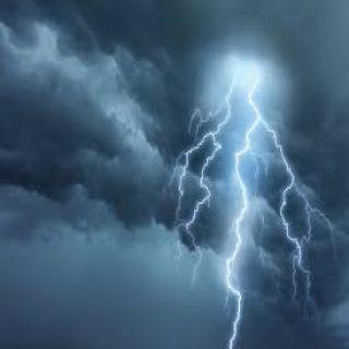 الأمطار توعد 4 مناطق والأرصاد تستبقها بالتنبيه