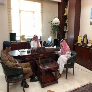 محافظ #خميس_مشيط يستقبل مُدير مدني المُحافظة المُعين العقيد أبو صلام