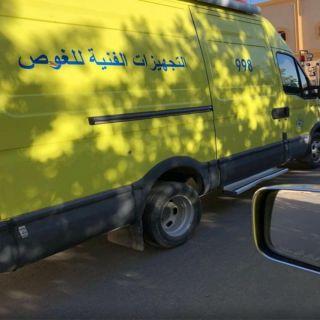 مدني #خميس_مشيط ينقذ عامل تعرض للأختناق بخزان إحدى منازل المحافظة