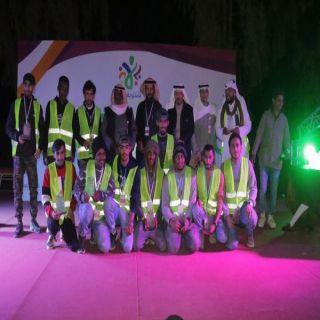 مُشغل #مهرجان_عنيزة يُصرف مُستحقات جميع العاملين بالمهرجان ليلة الإختتام