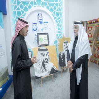 سفير المملكة بإندونيسيا يزور معرضي #جامعة_القصيم في #لجنادرية_33