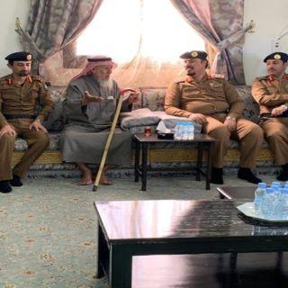 مُدير مدني عسير ينقل تعازي سمو وزير الداخلية لذوي رئيس الرقباء ال شينان