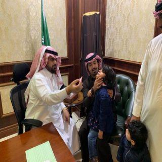 وكيل محافظة سراة عبيدة يدشن حملة التطعيم ضد شلل الاطفال بقطاع صحي سراة عبيدة