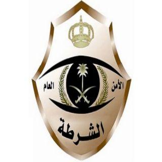 شرطة عسير توقع بيمني انتزع جهاز صراف آلي في #بلقرن