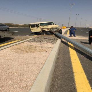 وفاة سيدة وإصابة ثلاثة اشخاص بحادث سير بطريق #بارق #محايل