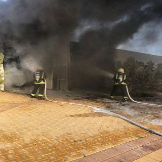 مدني #الأسياح يُخمد حريق محولين كهربائيين ولوحة تحكم تغذية مستشفى المُحافظة