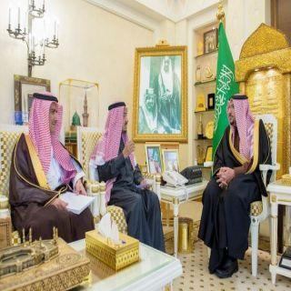 أمير القصيم يستقبل مدير عام فرع الهيئة العامة للإحصاء بالمنطقة