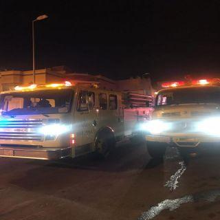 مدني #خميس_مشيط يُنقذ (3) أشخاص في حريق منزل بحي المصيف