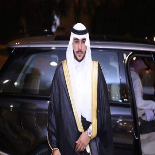 سلطان الشهري من قاعة حكاية في الرياض يودع العزوبية
