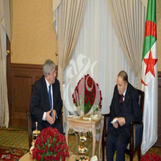 الرئيس الجزائري بوتفليقة يعين رئيسا جديدا للوزراء في الجزائر