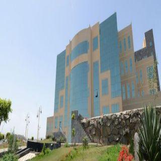 إدارة المنح بـ #جامعة_الملك_خالد تحتفل بأول خريجي الدكتوراه