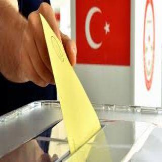 إردوغان محاولاً كسب الإنتخابات يتعهد بتحسين اقتصاد بلاده المتعثر