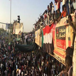 مُطالبات دولية بنقل السلطة سريعاً في السودان إلى المدنيين