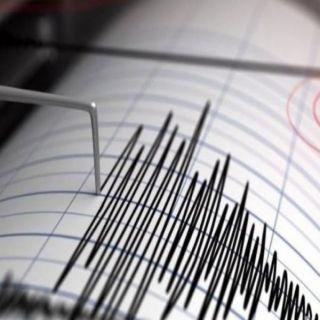زلزال قوته 6,8 يضرب  #سولاويسي الأندونيسية