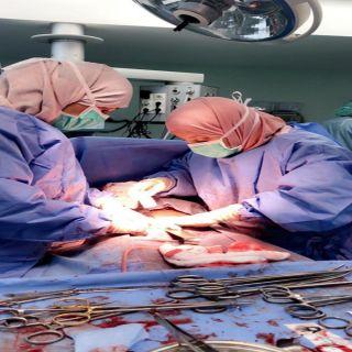 إستئصال  ( 10 ) أورام ليفية من رحم سيدة بمستشفى الثغر في #جدة