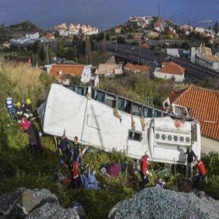 وفاة 29 سائحاً في انقلاب حافلة سياحية في #البرتغال