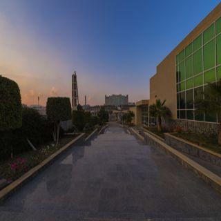 مدير جامعة الملك خالد يتوج الفائزين بجائزة المبادرات الطلابية في نسختها الأولى غدًا