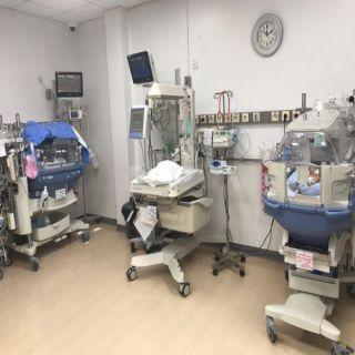 ولادة نادرة  لـ3 توائم بمستشفى المؤسس