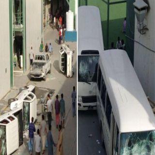 """قناة """"#الجزيرة """"تواصل بث الفتن ودعم التطرف خارجيًّا وتتجاهل الشغب العمالي في #الدوحة"""