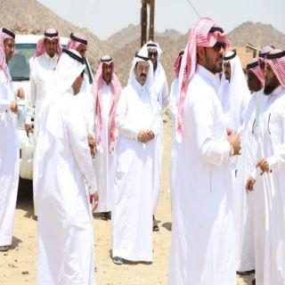 بلدي #محايل يُرافقهم رئيس البلدية يقفون على احتياجات قرى مركز السعيدة
